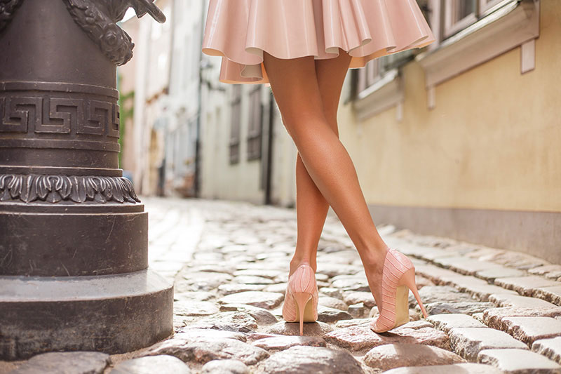 High Class Escort Heidelberg - Experience the University City at Night with charming Ladies